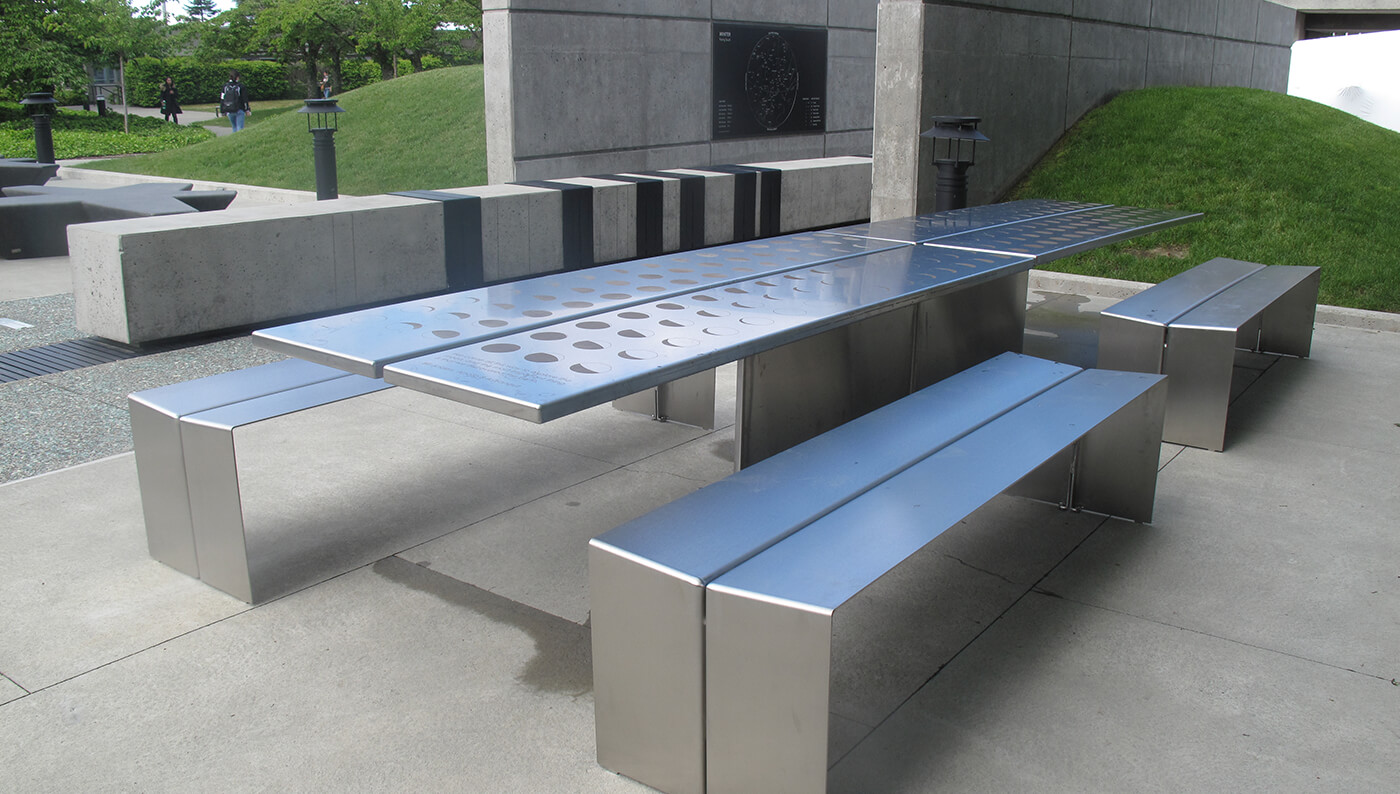 Lunar Table with Simon Benches