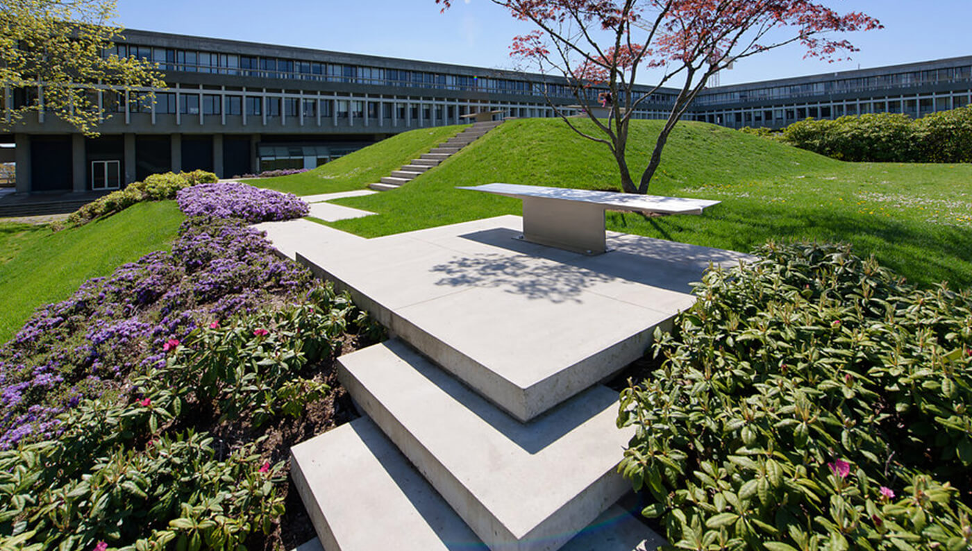 Simon Fraser University, Academic Quadrangle, Fraser Benches